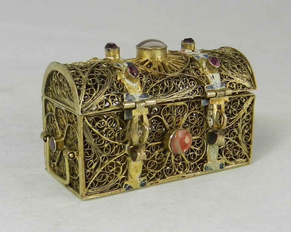 gilt gemset casket