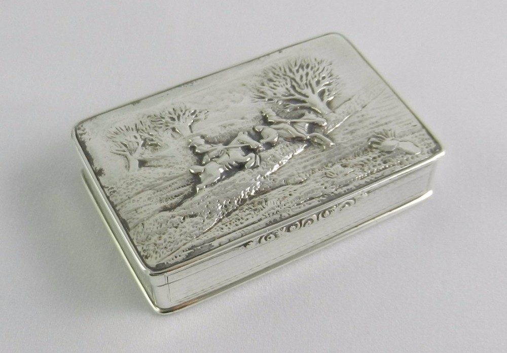 antique silver horsemen snuff box